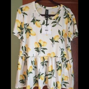 Agnes & Dora short sleeve muse top size Large NWT